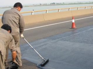 长沙防水公司涂料施工中有针孔怎么处理?